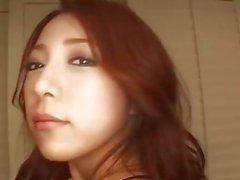 Untertitel - Japanisches Mädchen Kanako Tsuchiyo saugt den Schwanz