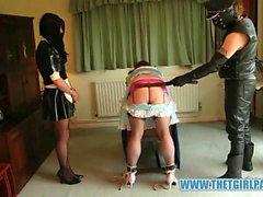 Naughty Tgirl pigor få bondage och ass spanking straff