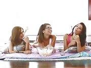 Fooling around mit meiner Stiefschwester und Freunden volles Video