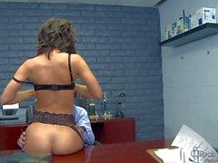 Lingerie bekleidet Verführerin Jada Stevens nimmt den Boss Dick