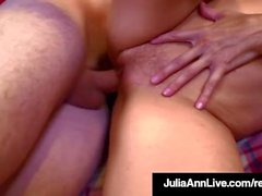 Hot Sex Hungry Milf Julia Ann fode Cum vomitando Student!