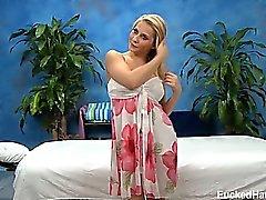 Rubia linda Madison Ivy seducir y follada duro por su