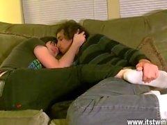 Schwarz Homosexuell Sex in dort Aron Socken scheint allzu glücklich zu frönen