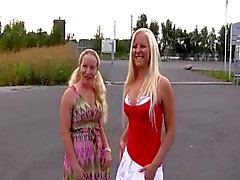 2 jungen blonden Deutsch amatures fucking auf Plätze