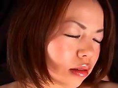 MILFs asiáticos threesome Kitty e Ava