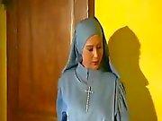 Geilen Kardinal fickt Nonnen