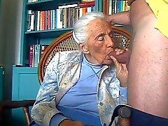 Pervert amante avó