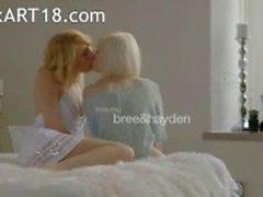 Schwedischer Blondie Lesbier machen wahren Liebe