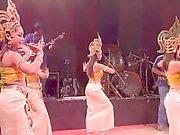 Cute asian Dancing NO PORN