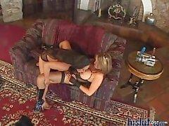 Kianna and Loni love lesbian sex