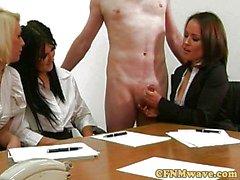 Cock wanking femdom CFNM merkez fahişe