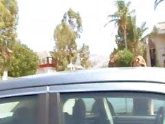 Fräknig Redhead Djupt körd