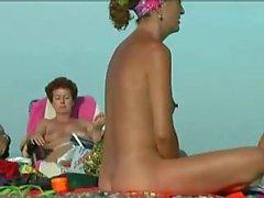 Beach Nudist 0129 Vivi