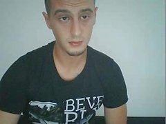 Homem de 25 anos sérvio Str8 mostra seu enorme galo na cam