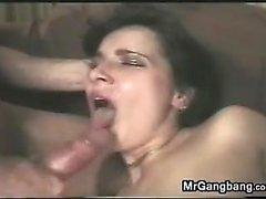 Slut ottiene la nel culo dai arrapate Ragazzi