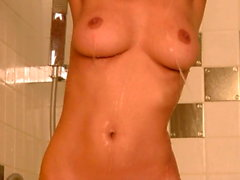 boob dusche nehmen