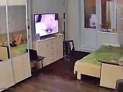 Блондинка камерой мастурбировать и рассматривая взрослых