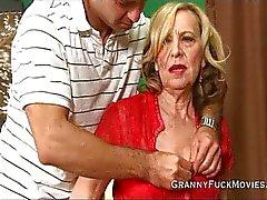 Isoäiti ei kokeneiden kalu hölmö
