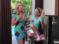 Kaksi lesbot nauttia hämmästyttäviä kantoja