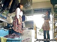 Tesão MILFS japonesas chupando e fodendo part2