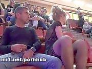 lo stadio pubblico con con la mano naomi1 e di footjob di sperma