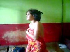 Di Desi Bhabi Dever Immobili scandel trapelate