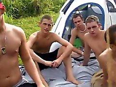 Удивительные геев атмосфера Увидели палатки а весь села на T