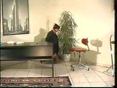 Ofis kız bağlı ve gagged