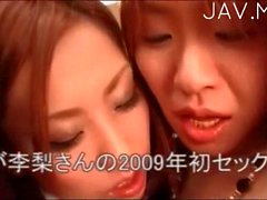 Nasty lesbians lick each other pussies 03