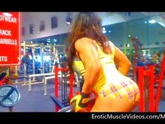 EroticMuscleVideos Big Guns Voyeur Pump