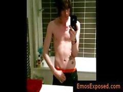 Aynaya tatooed emo twink selfshot