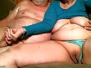 Nasty Nicole Graves grepp och lekte hennes fett fitta