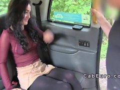 Гнутое более чем любительских челки подделка такси на свежем воздухе водителю
