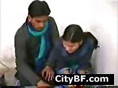 Desi indischen Amateur Frau mit schönen Körper wird gefickt echte hardman o