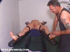 TickleHorror - Kitzeln das Sperma aus ihrem Orgasmus