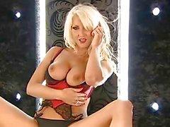 Hot blonde horny phonesex girl