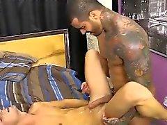 Gay по порно анального бритья Alexsander начинает вынуждая Jacobey '