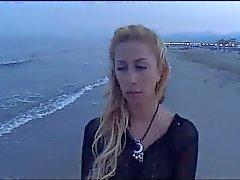 Das Spiel - Stella Folliero
