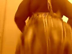 O clappin meu burro Em Um Vestido