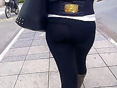 sdruws2 - splendido blonde con turno, ma in pantaloni stretti delle