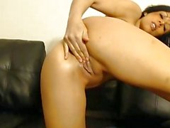 Busty Camgirl Babe Masturbating till she Orgasms