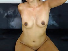 Amateur Webcam Cute Teen Plays Solo