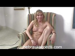 Super Hot Waitress Назад в гостинице в порно Interview 2