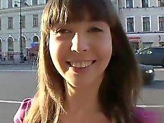 Sexy femme fessée dur