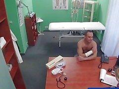 FakeHospital Sexo prescrito por enfermeira quente