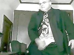Suit tie boss se cabrea saca su pud . ¡CALIENTE!