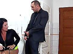 Meadas prostituta obtiene corridas