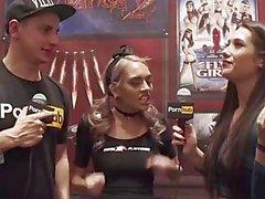 Vitaly zd på AVN 2016. med janice Griffith och kendra sunderland sunderland intervjuer