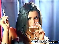 Soothing Smoking Ragazza Makeout
