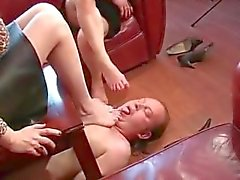 Mature French Domina Foot Worship
